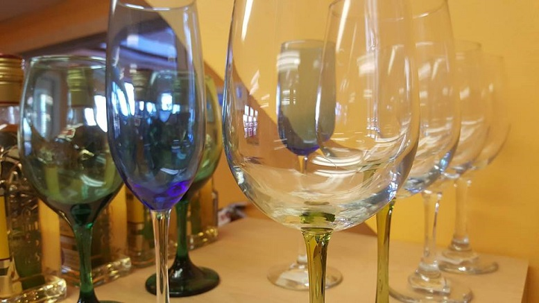 Local Love: Hummingbird Hills Wine Tasting